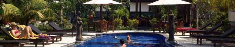 RESORT POOL WITH RESTAURANT IN LEMBONGAN