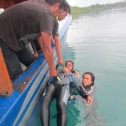 guides getting rescue training bunaken_3 1FEB13