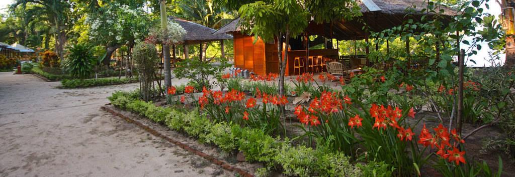 bunaken-garden-cafe