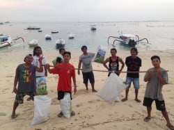 Group Photo Lembongan