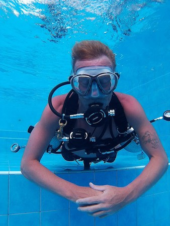 Tech Intro and Sidemount try out