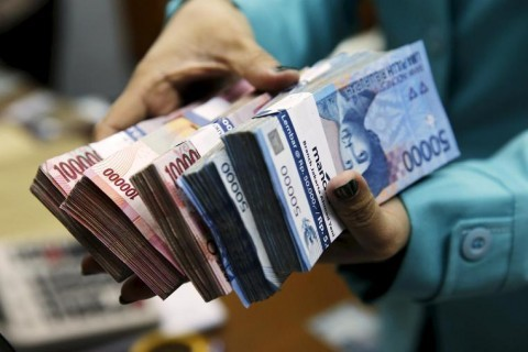 government makes indonesian rupiah mandatory