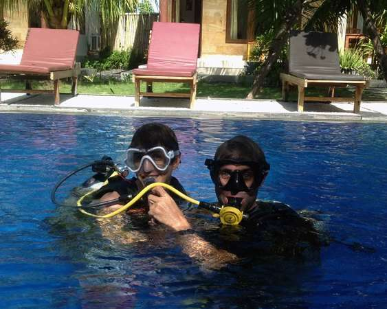 Eanna – Busy Weeks of Divemaster Course in Lembongan