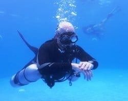 Trying out Sidemount equipment