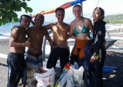 Two Fish Team Amed underwater clean-up
