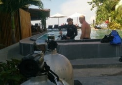 Off-season technical diving course discounts in Amed