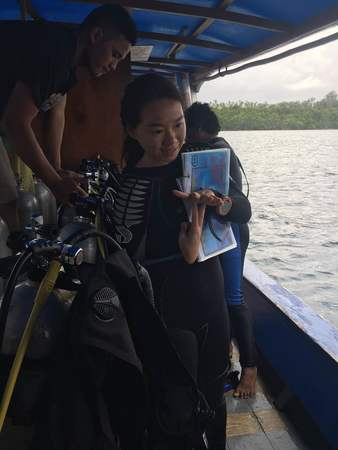 Lynn gearing up for her divemaster course