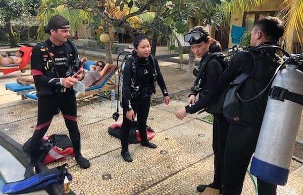 Divemaster training in Nusa Lembongan
