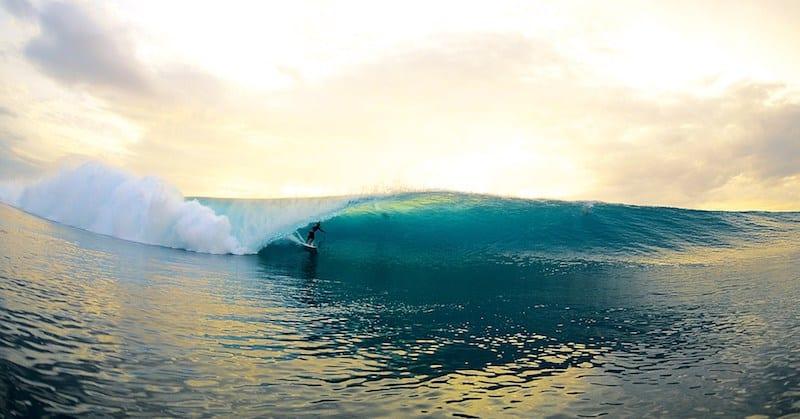 Surfing Lombok