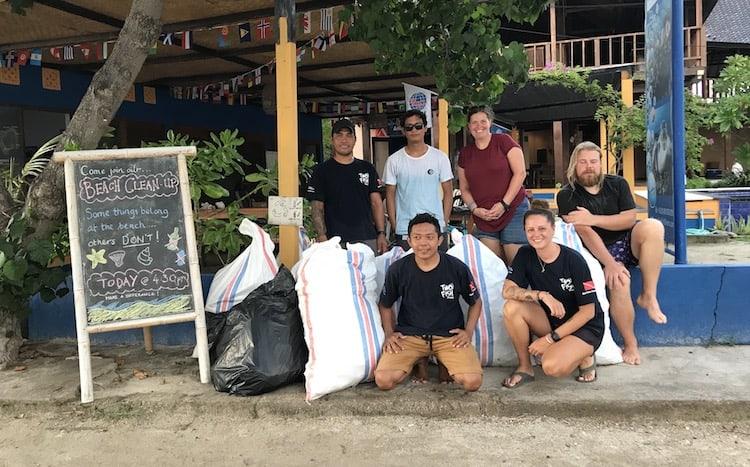 Beach cleanup Gili Air