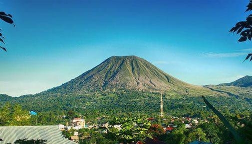 Land Tours Manado - Mount Lokon Tomohon